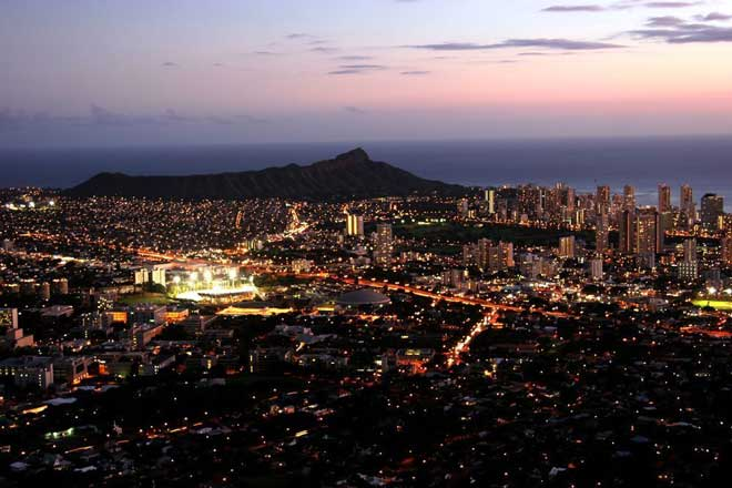 Diamond Head Nacht